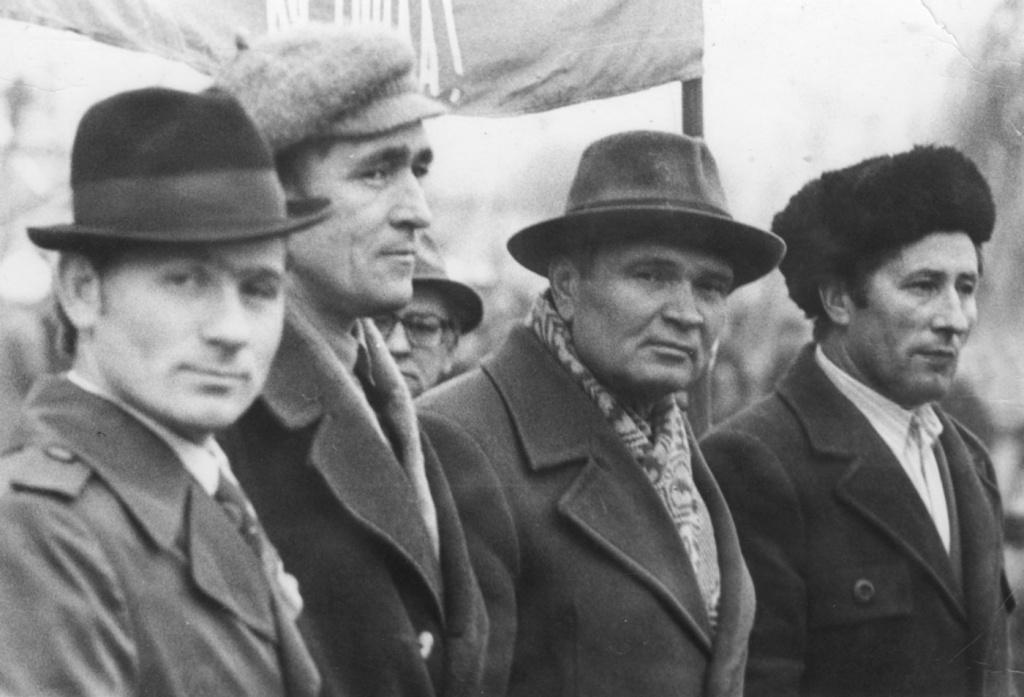 7 ноября 1984 г. мастер Росгазстроя Вожакин, пред профкома